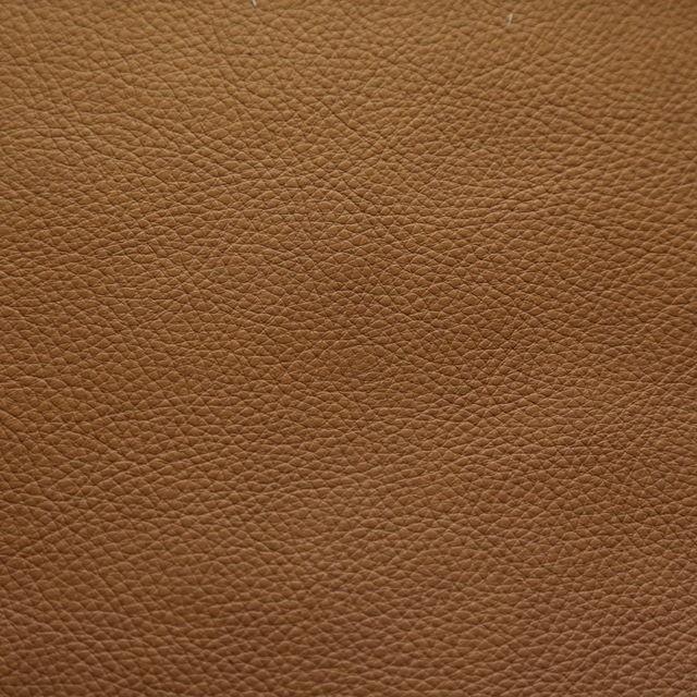 Ljusbrun Läder